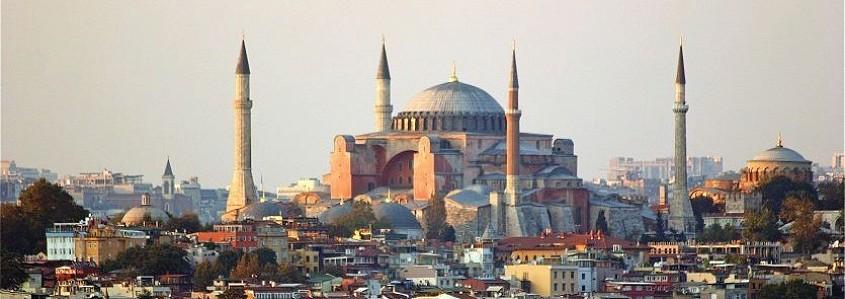 Kelionės į Stambulą laimėtoja: tai kita Turkija – europietiškesnė, laisvesnė, spalvingesnė
