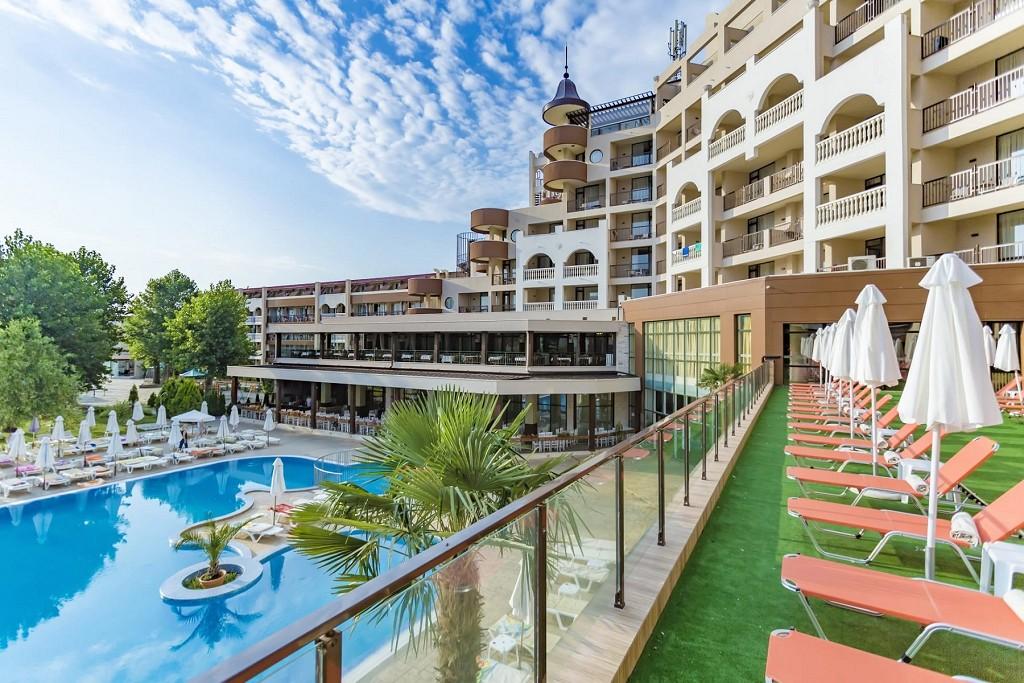 Saulėtos 2022 m. vasaros atostogos 4★ Imperial Resort viešbutyje Bulgarijoje: su viskas įskaičiuota maitinimu tik 428€