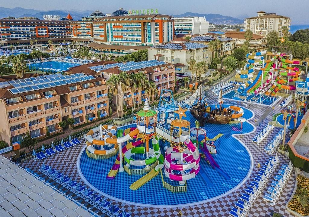 2022 m. Savaitės atostogos 4★ Lonicera World viešbutyje su ultra viskas įskaičiuota Turkijoje tik už 455€