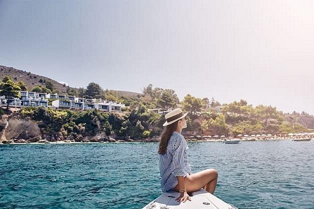 Savaitės atostogos rudeniškoje Kefalonijoje: 4★ White Rocks viešbutis su pusryčiais už 959€
