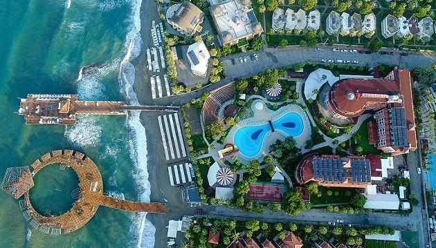 Atostogos 5★ Palmeras Beach viešbutyje su ultra viskas įskaičiuota Turkijoje tik už 384€