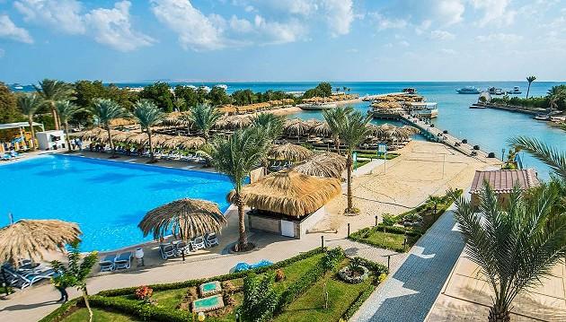 Rudenį šildykitės Egipte: 5★ viešbutis Sunrise Garden Beach Resort su viskas įskaičiuota už 434€, keliaujant su vaikais